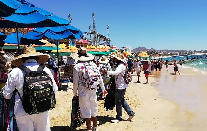Caen vendedores ambulantes por comercializar droga en Cabo San Lucas